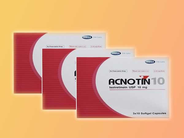 Đọc kỹ hướng dẫn sử udnjg Acnotin 10 trước khi dùng